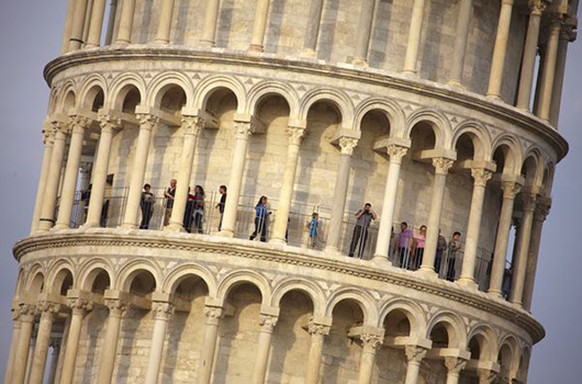 TOPSHOTS-ITALY-PISA-LEANING TOWER-WORKS-END